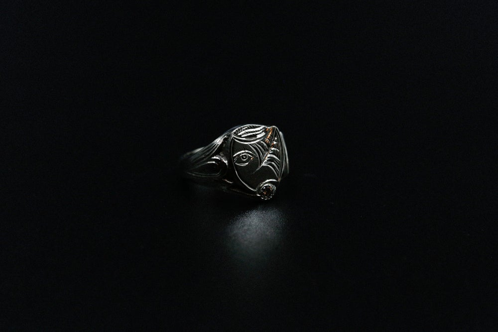 Image of 18k White Gold Hand Engraved Ring w/ Champagne Diamond