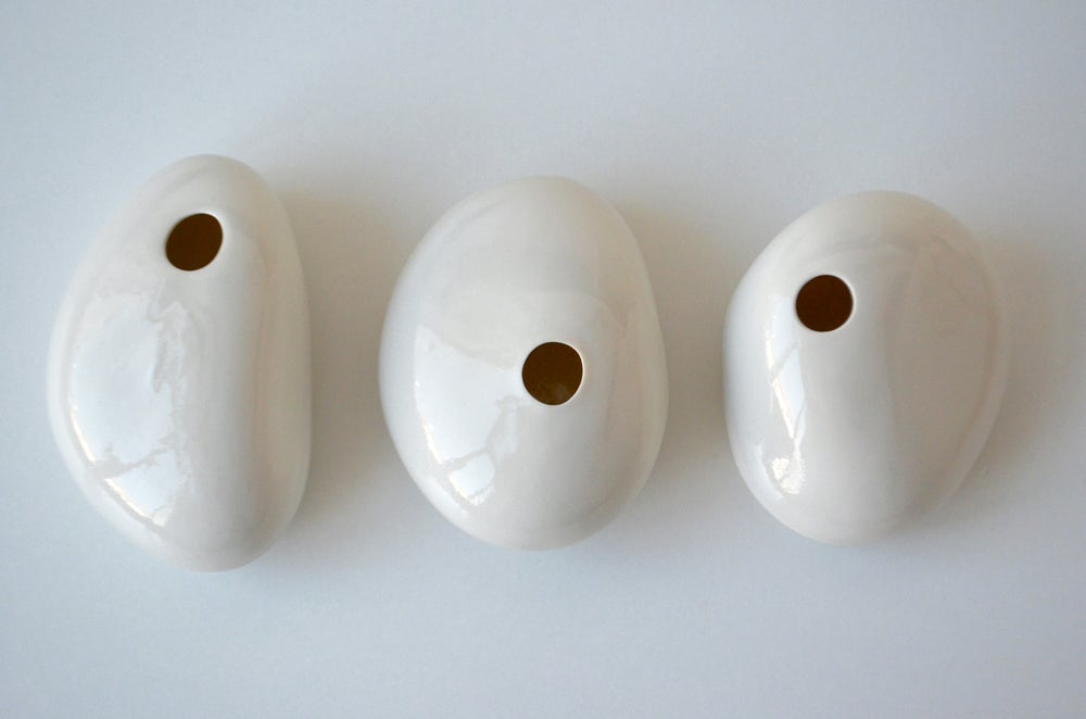 Image of TABLE VASES . GLOSSY PEBBLES