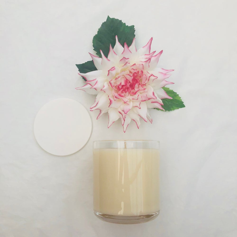 Image of LARGE VOGUE CANDLE