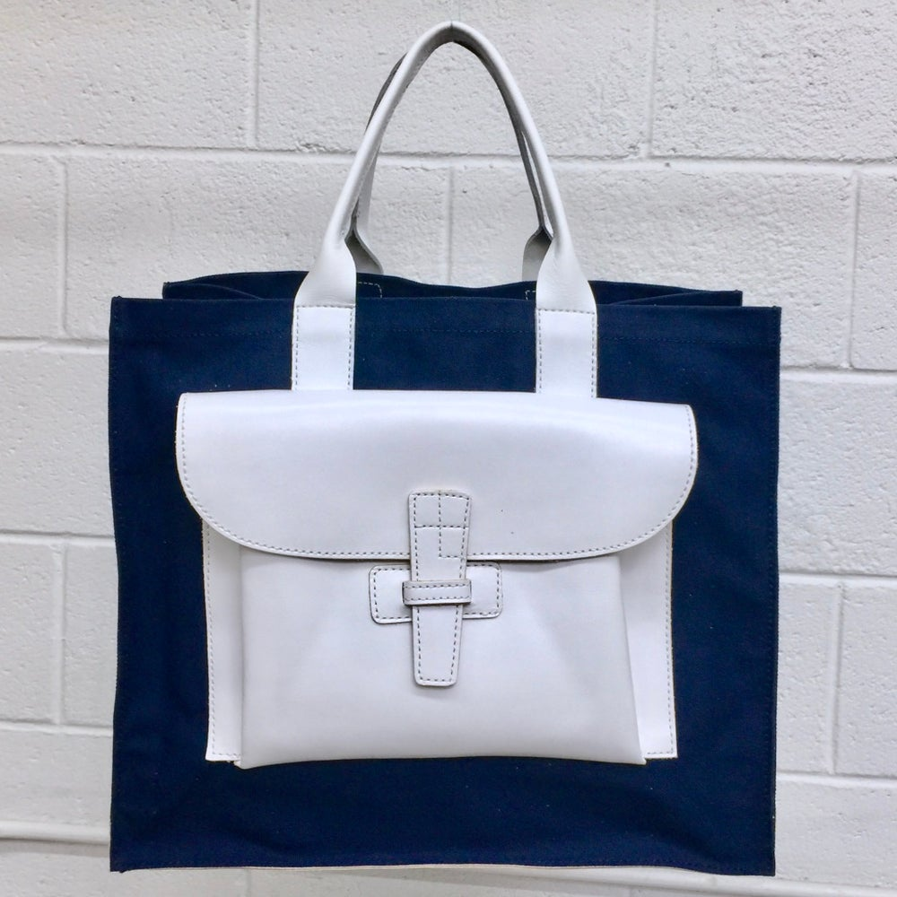 Image of Sac 1, Sac 2 Navy Canvas/White Leather - a Summer-only special!