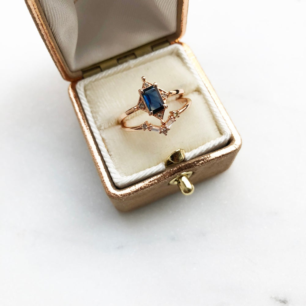 Image of Art Deco Sapphire Ring