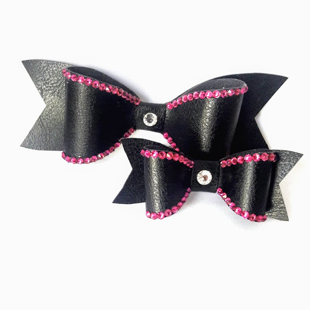 "Image of ""Fuchsia"" Crystal Bling Hair Bow"