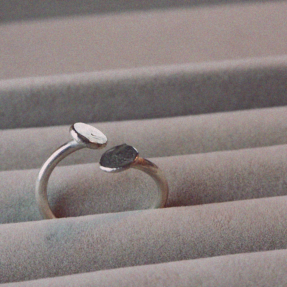 Image of Paola Mini Pebble Cuff Ring