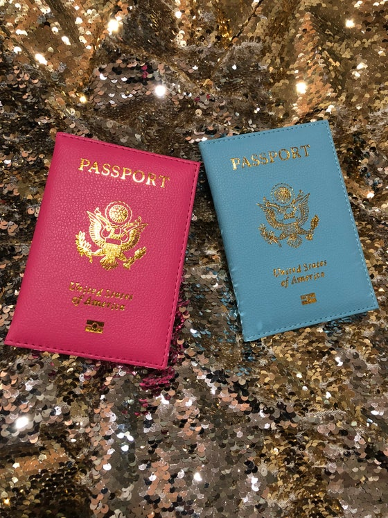 "Image of ""Bae-Cay"" Passport Cover Set"