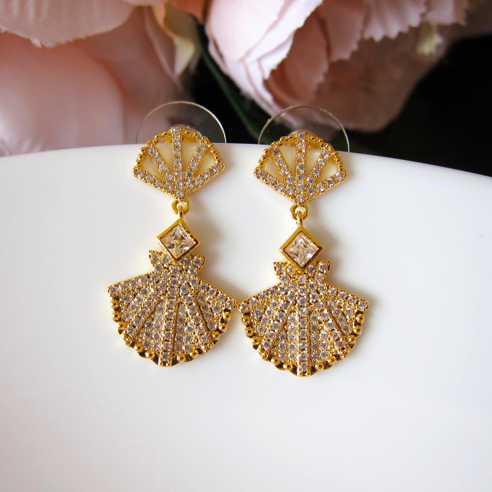 Image of Mermaid Shell earrings