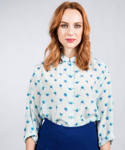 Image of Irina (blue)