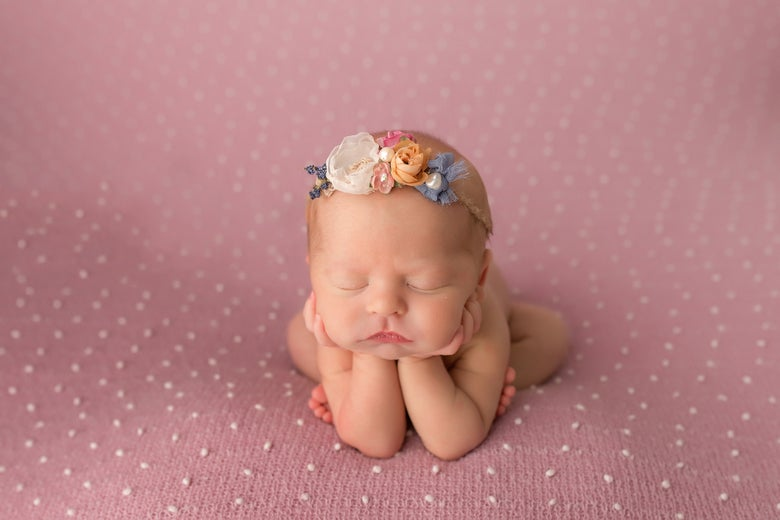 Image of Full Customized Newborn Session (retainer)