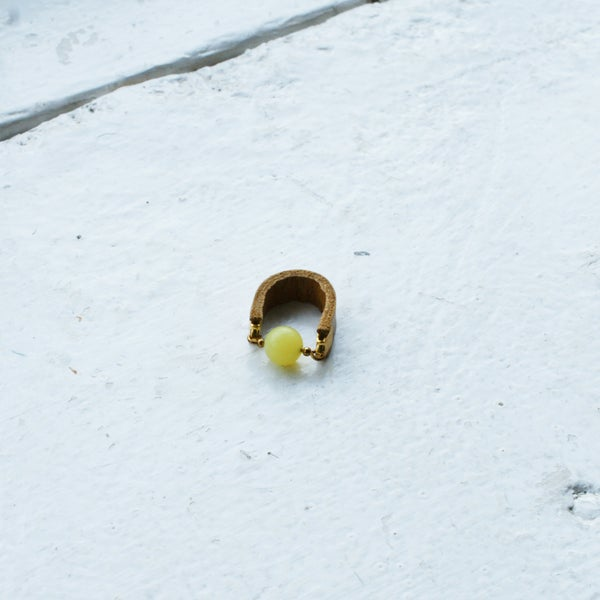 Image of Dot ring - Yellow Jade