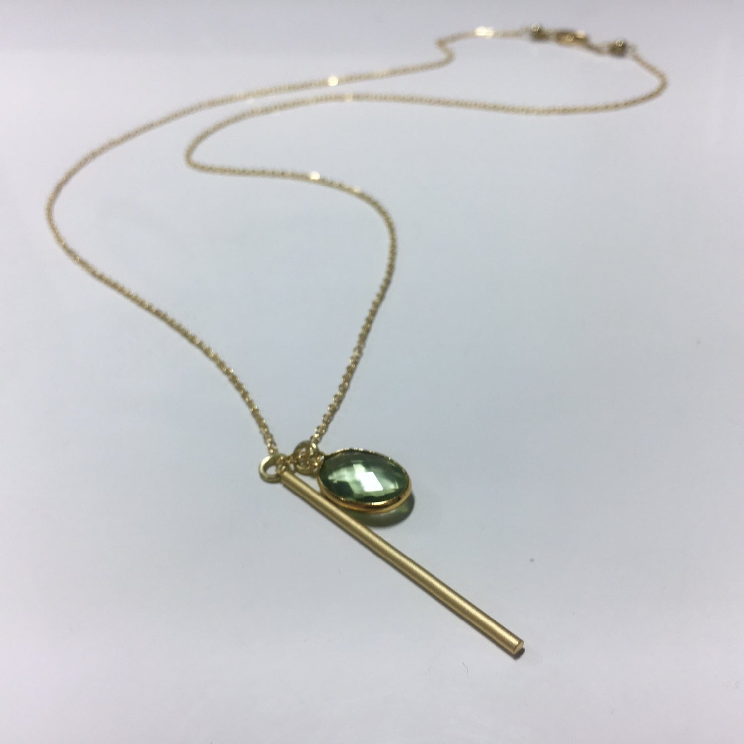 Image of Long Gold bar pendant and peridot druzzy