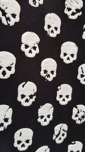 Image of Skull & Bones flag t-shirt