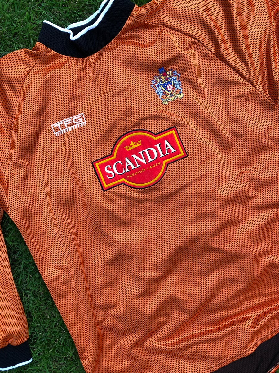 Image of Match worn 2003/04 Nick Colgan goalkeeper shirt