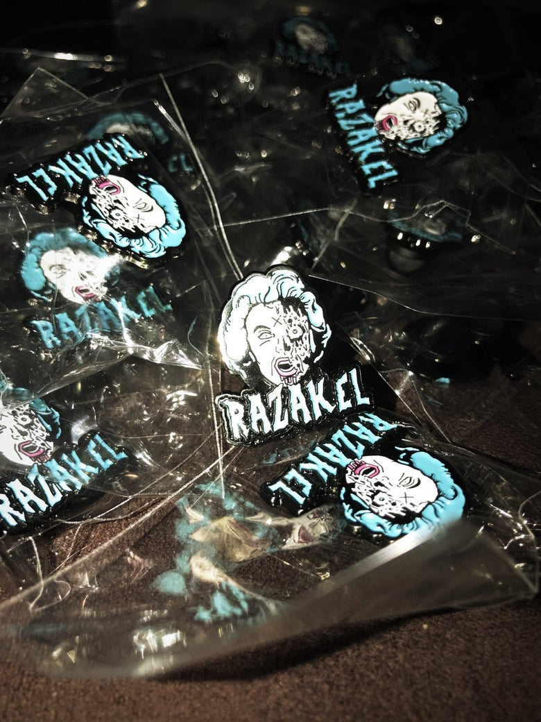 "Image of Razakel ""Tiffany"" Hat Pins"