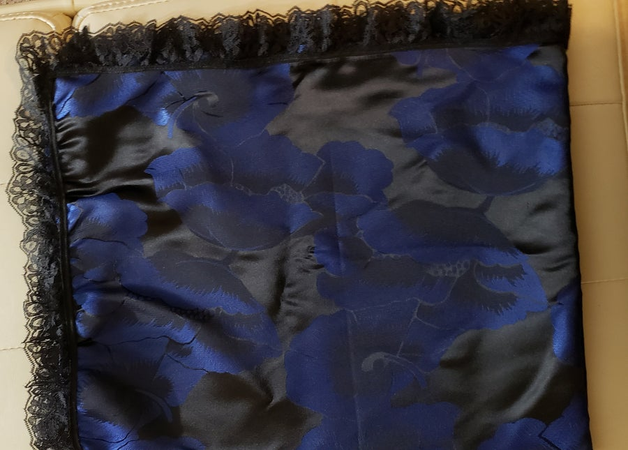 Image of Brocade church lap scarf Royal/black