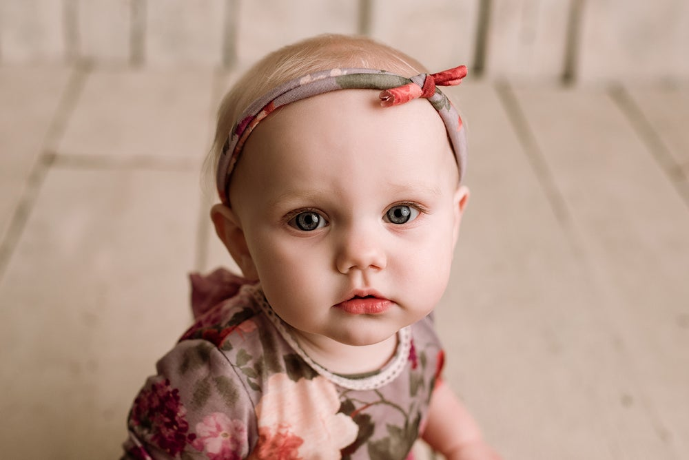 Image of Christmas Little Sitter Session special offer