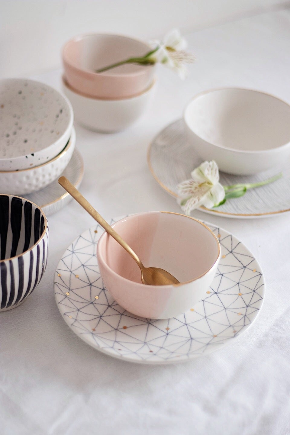Image of Peach and White Small Bowl
