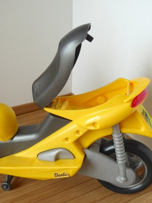 Image of Barbie Yellow Scooter 2000 ref. 26080