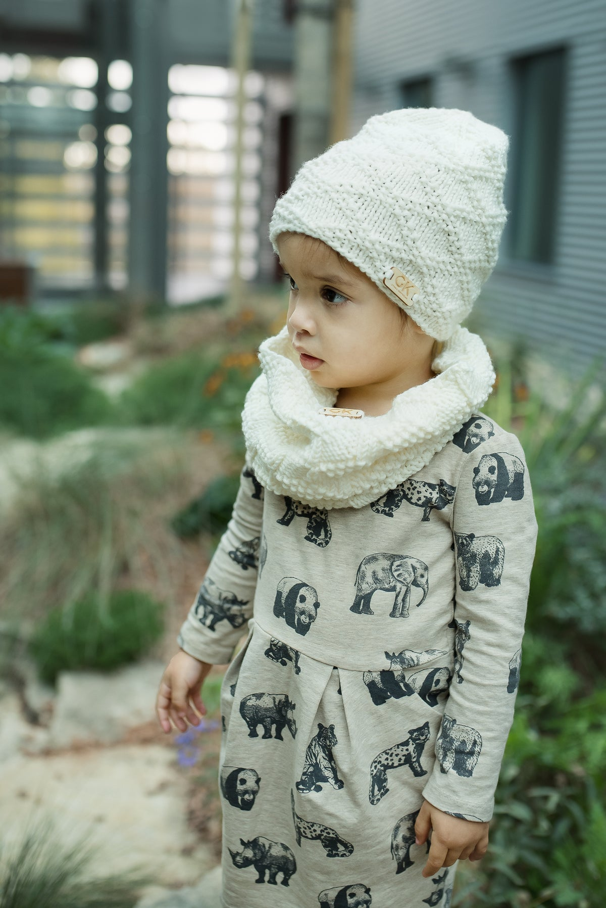 Image of GK Beanie and Cowl Set - Off-white 1-3 years and 3-6 years