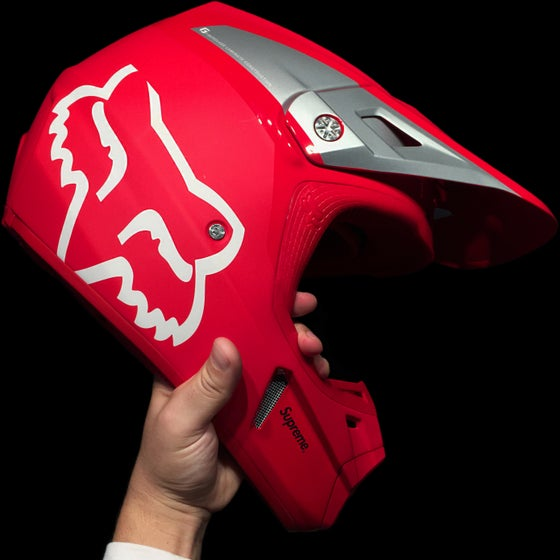 Image of 2018 Fox V2 Helmet (R)