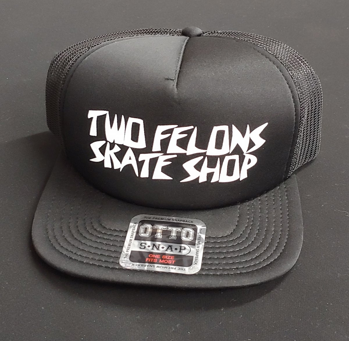 """Two Felons """"Killer"""" trucker (black)"""