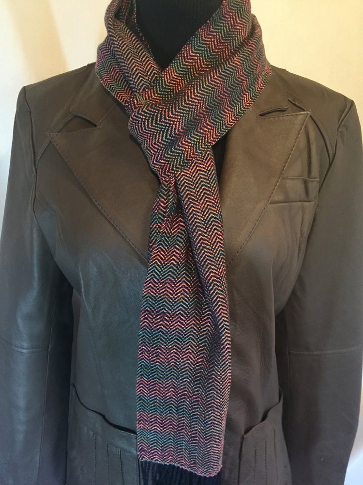 Image of Handwoven Bamboo/Tencel Chevron Scarf.  (18249)