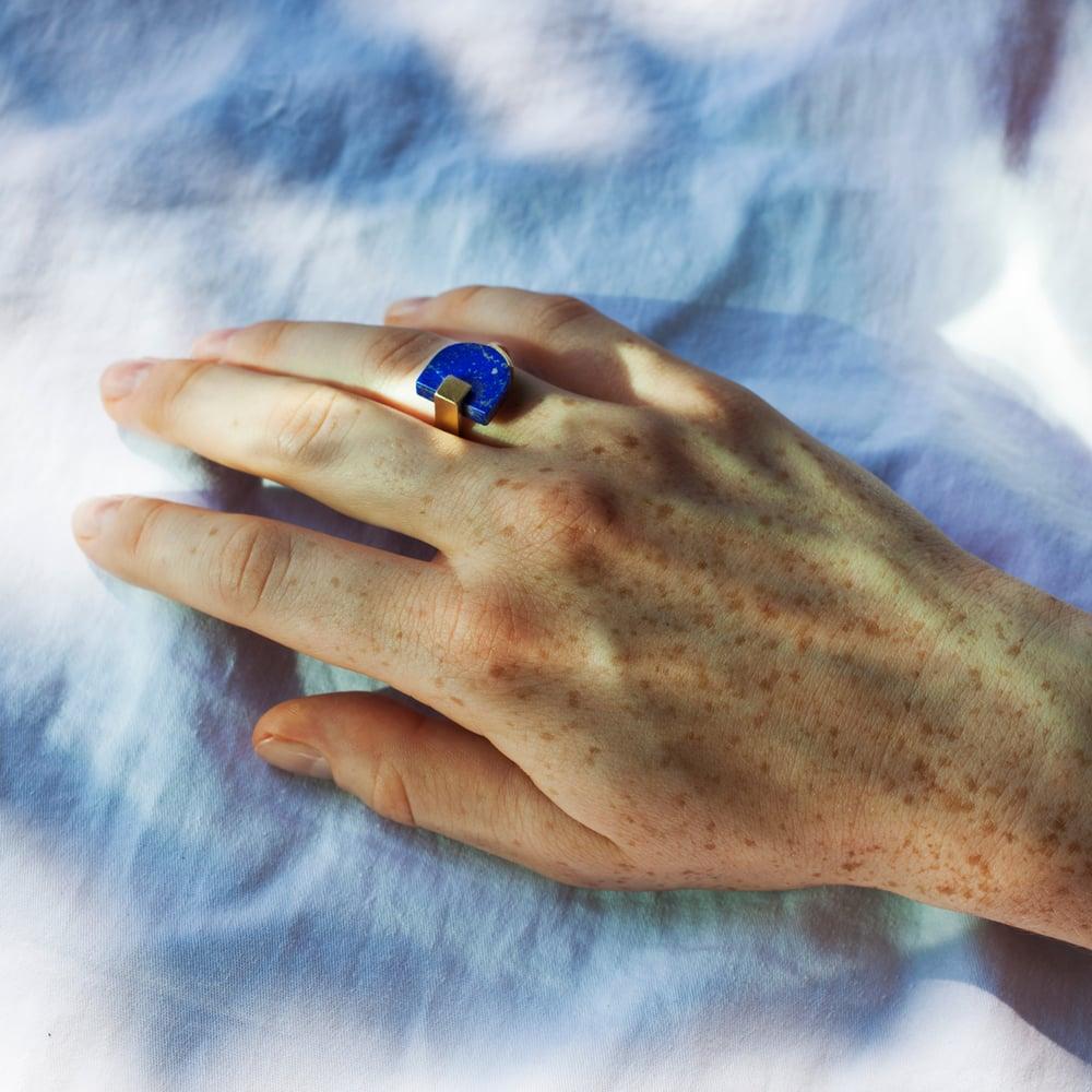 Image of SIGNET RING - LAPIS LAZULI