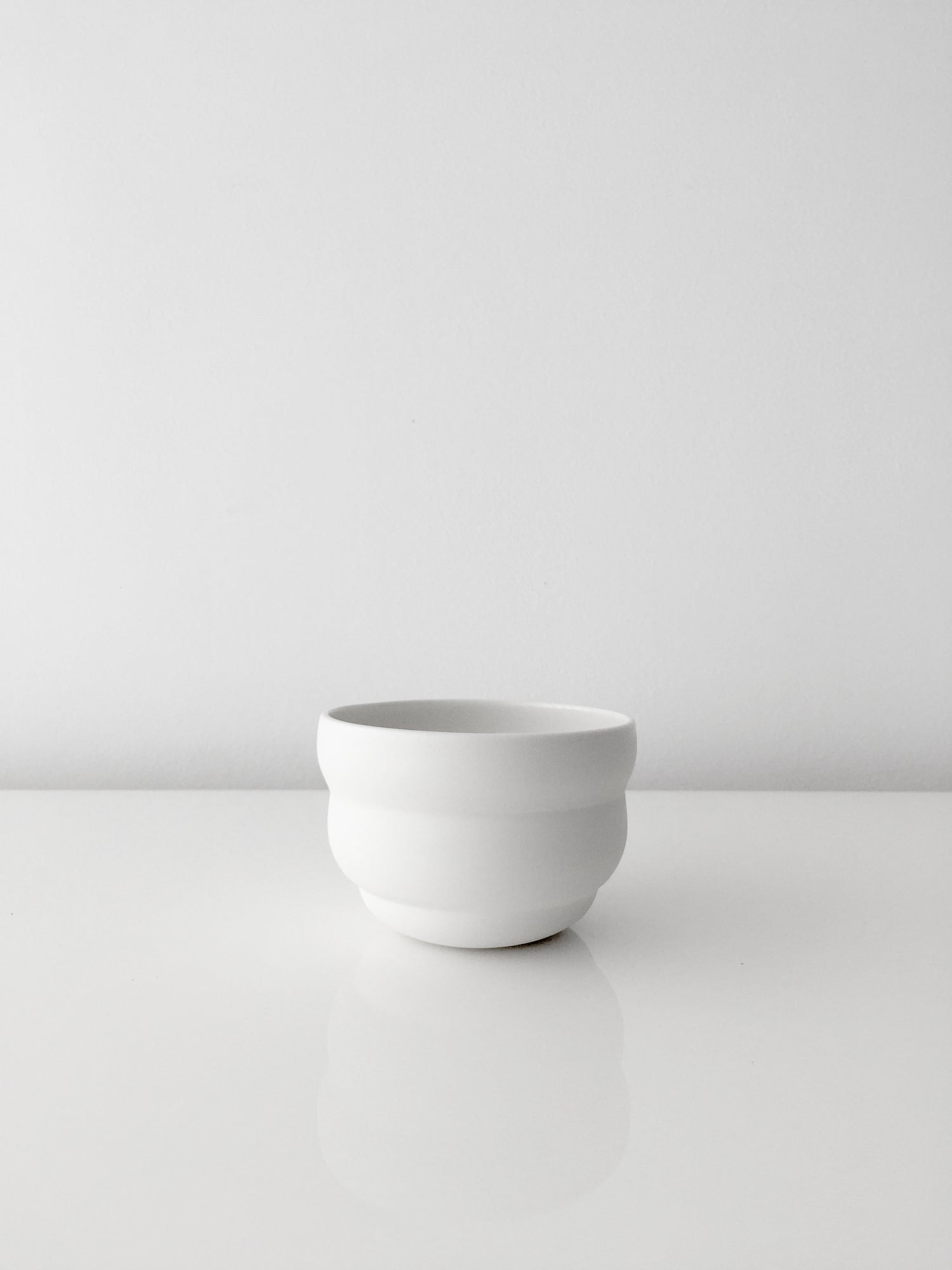 Image of WHITE CLOUD PLANTERS