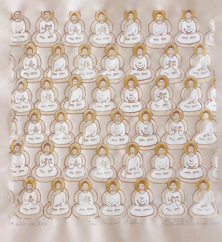 Image of Gold Buddhas on Japanese paper