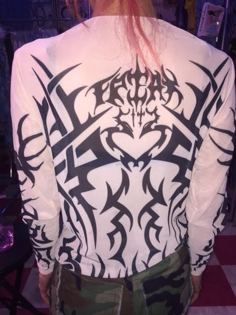 Image of Neo Perreo X Freak City tattoo skin top