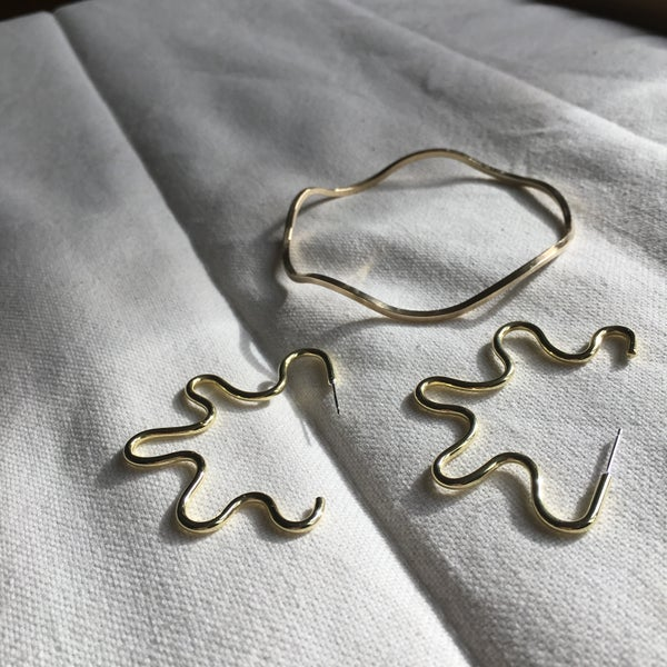 Image of Brass XXL Wiggle Hoops