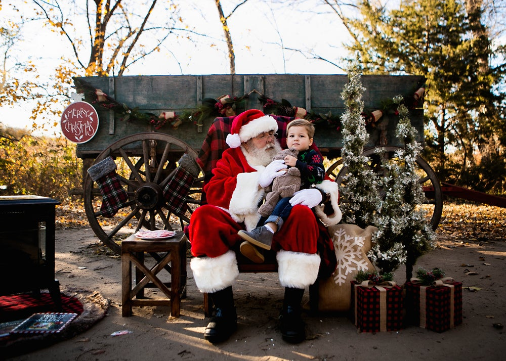Image of 4th Annual Santa Mini-Sessions