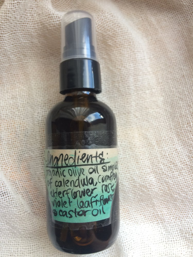 Image of Herbal Skin Serum ~ 2 oz. spray