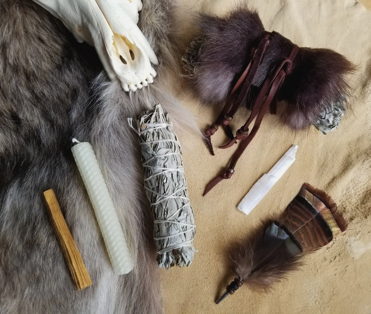 Image of Wolf Smudge Kit - Sage Cleansing Bundle