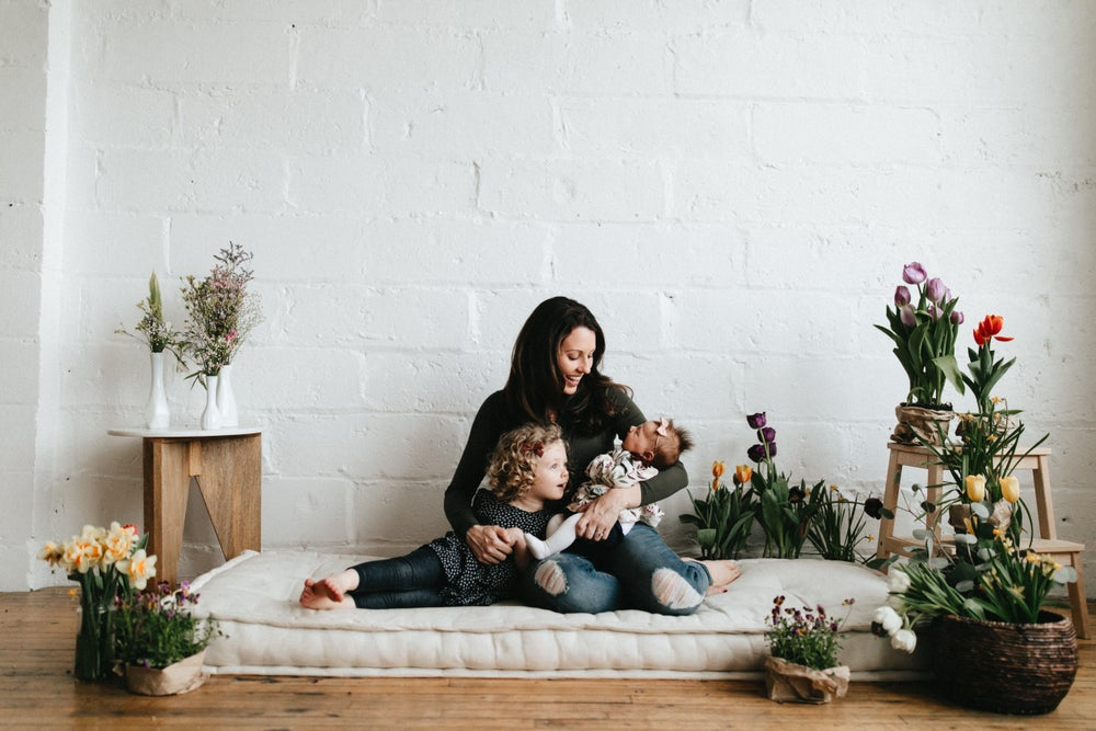 Image of Lindsay Stephany Photography | Styled Holiday Minis with Flowerwell