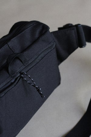 Image of BLACK SLING BAG