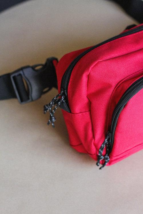 Image of RED SLING BAG