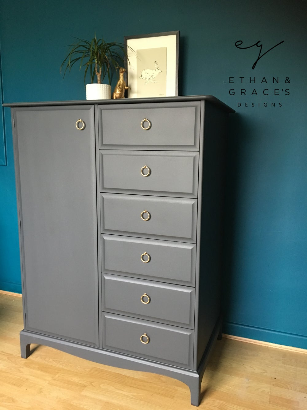Image of Dark grey linen/mini wardrobe by stag.