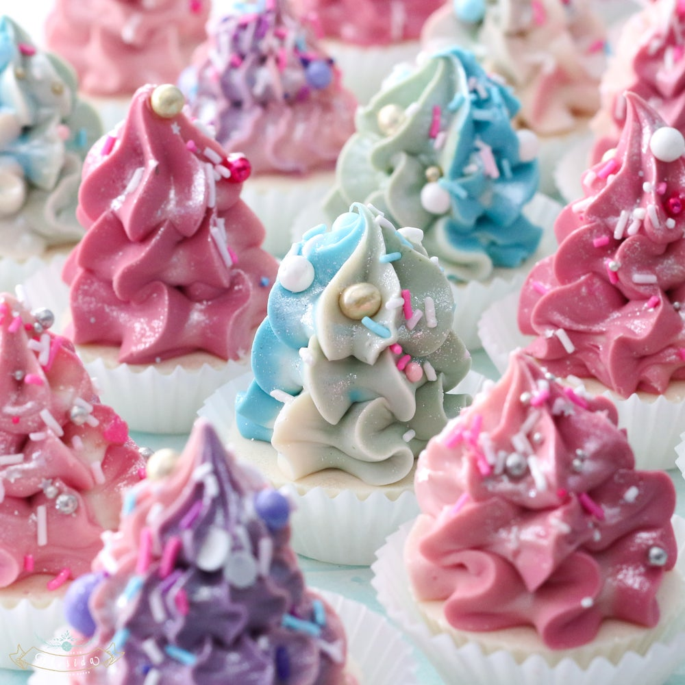 Image of Christmas Tree Mini Cupcakes