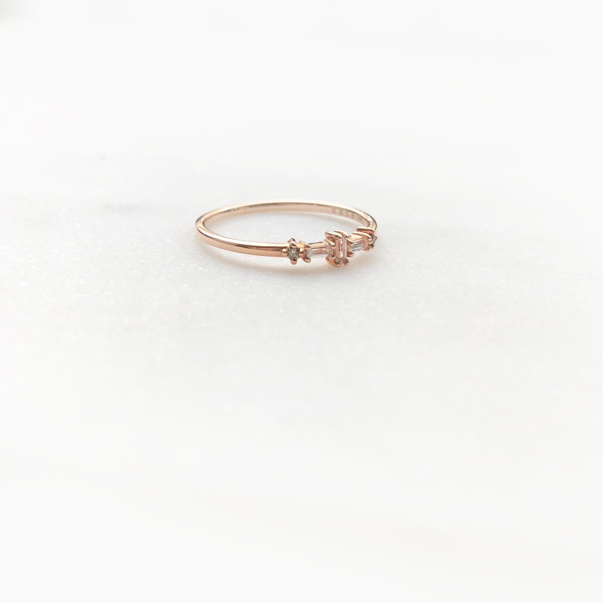 Image of Baguette Thread Ring