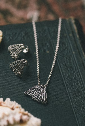 Image of Small Maui necklace