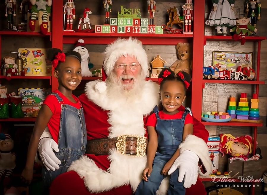 Image of Traditional Santa Mini Session