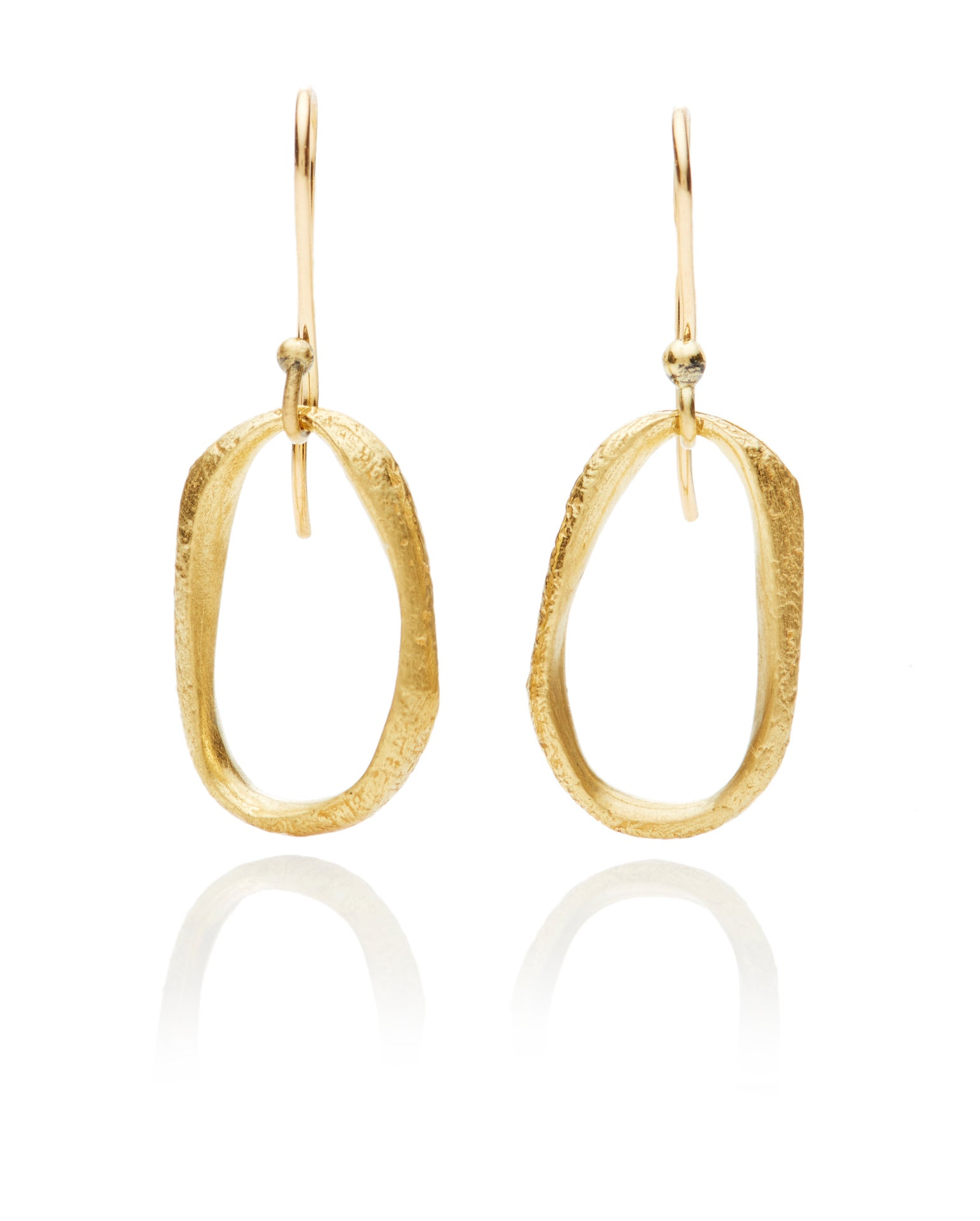 Image of Texture hanging oval earrings