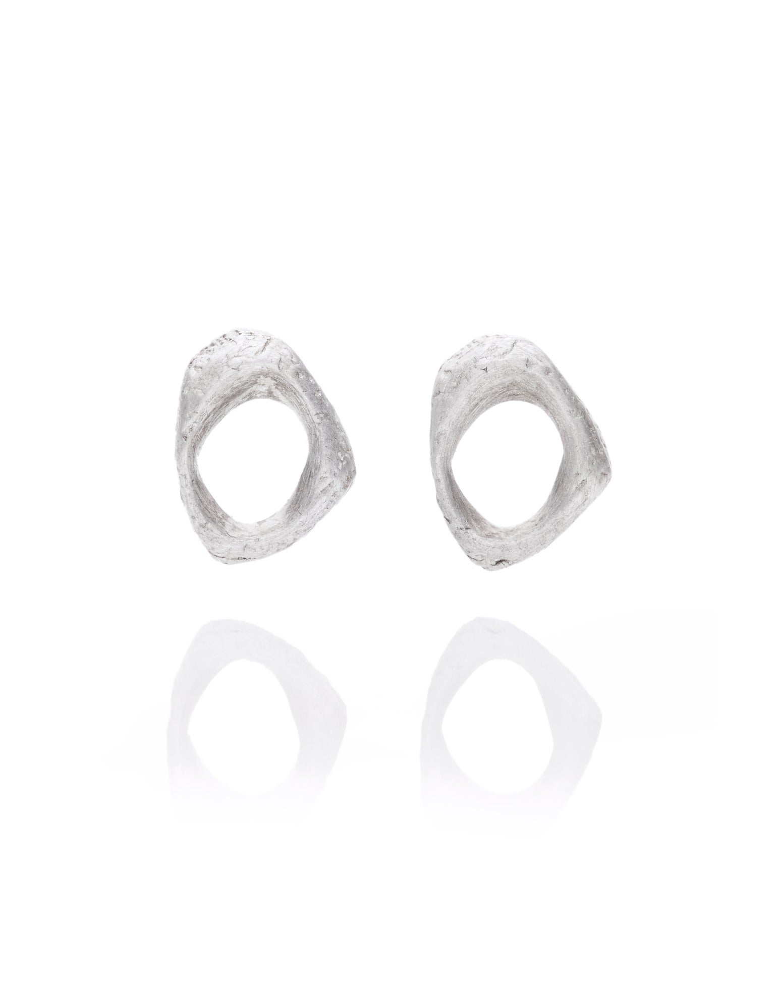 Image of Texture stud earrings