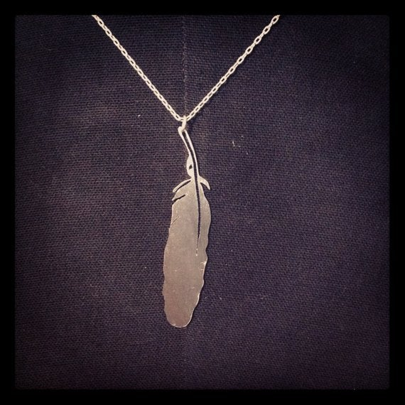Hand cut mapgie feather silver necklace