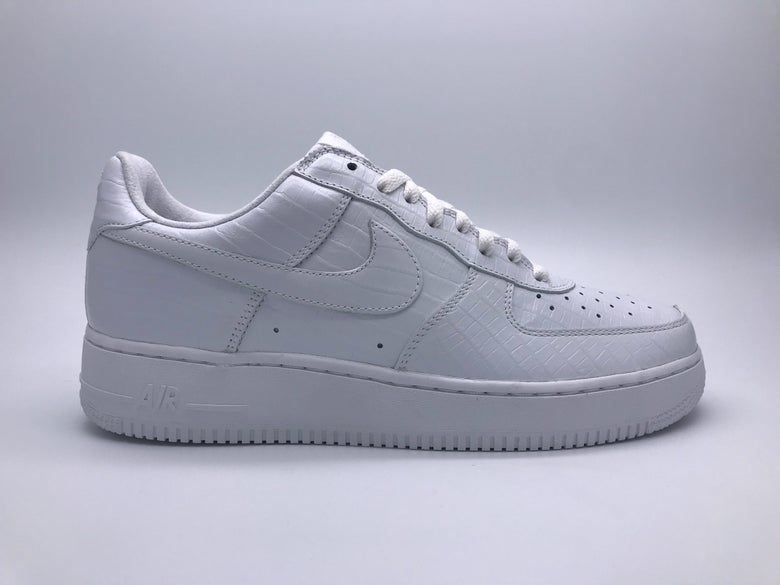 best cheap 45ab3 6721d Image of NIKE HTM AIR FORCE 1 WHITE