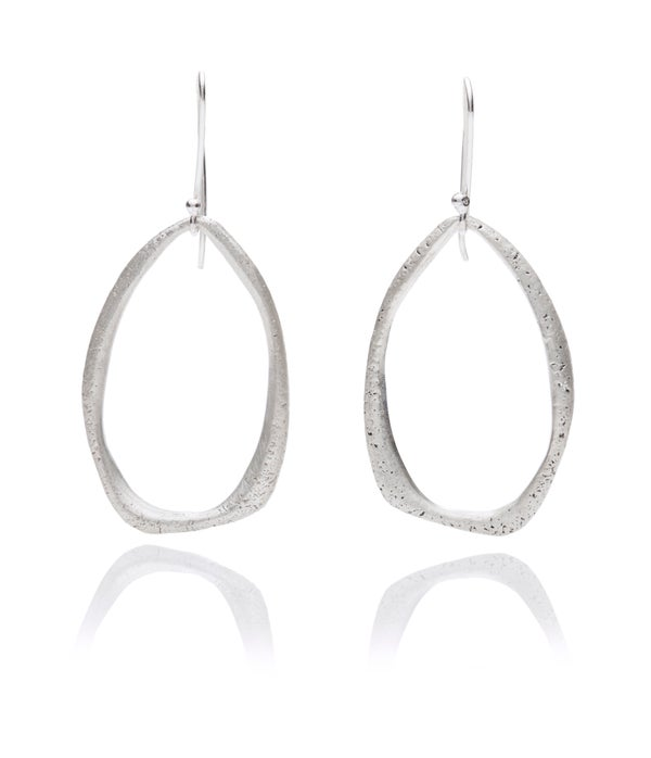 Image of Texture teardrop hanging earrings in silver or 18k gold