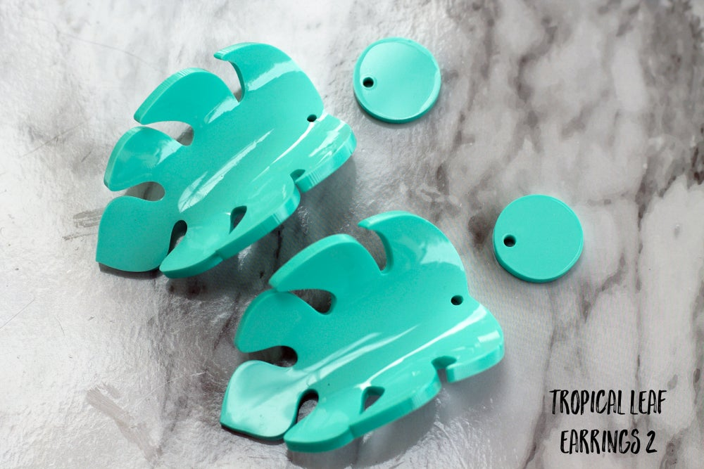 Image of Sample Sale Heat Moulded Tropical Earrings Mint