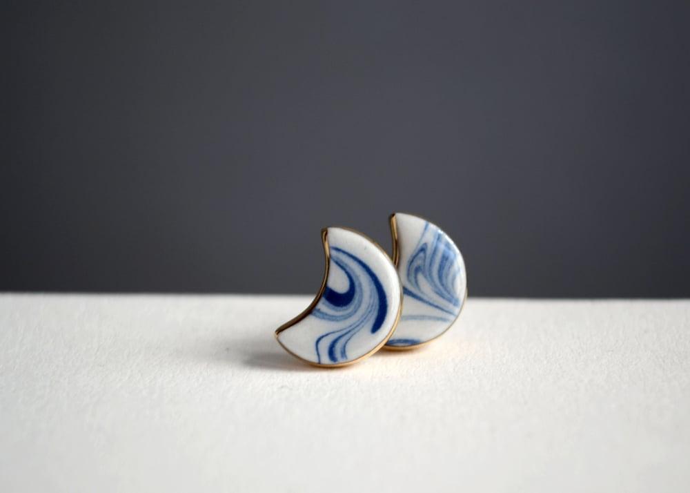 Image of Marbled Moon - blue swirls