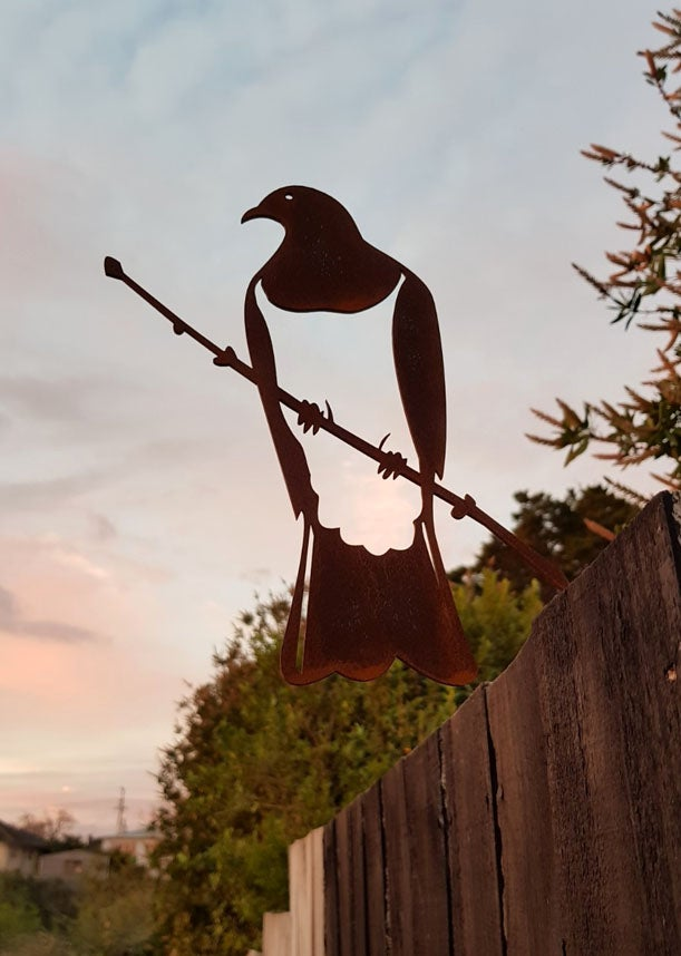 Image of Kererū (Wood Pigeon) Corten Metal Bird