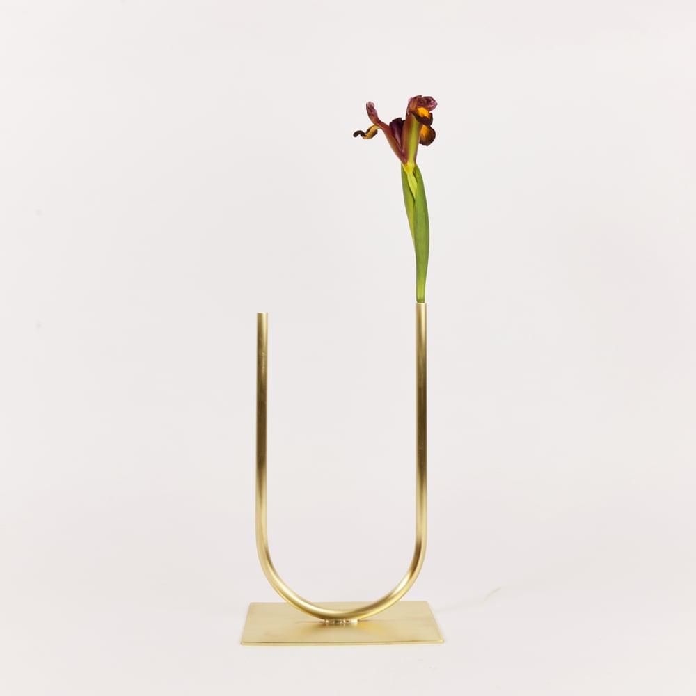 Image of Vase 00313 - Even U Vase