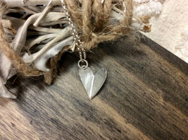 Image of The hammered heart necklace